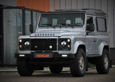 Land Rover Defender 90 Silver – Black