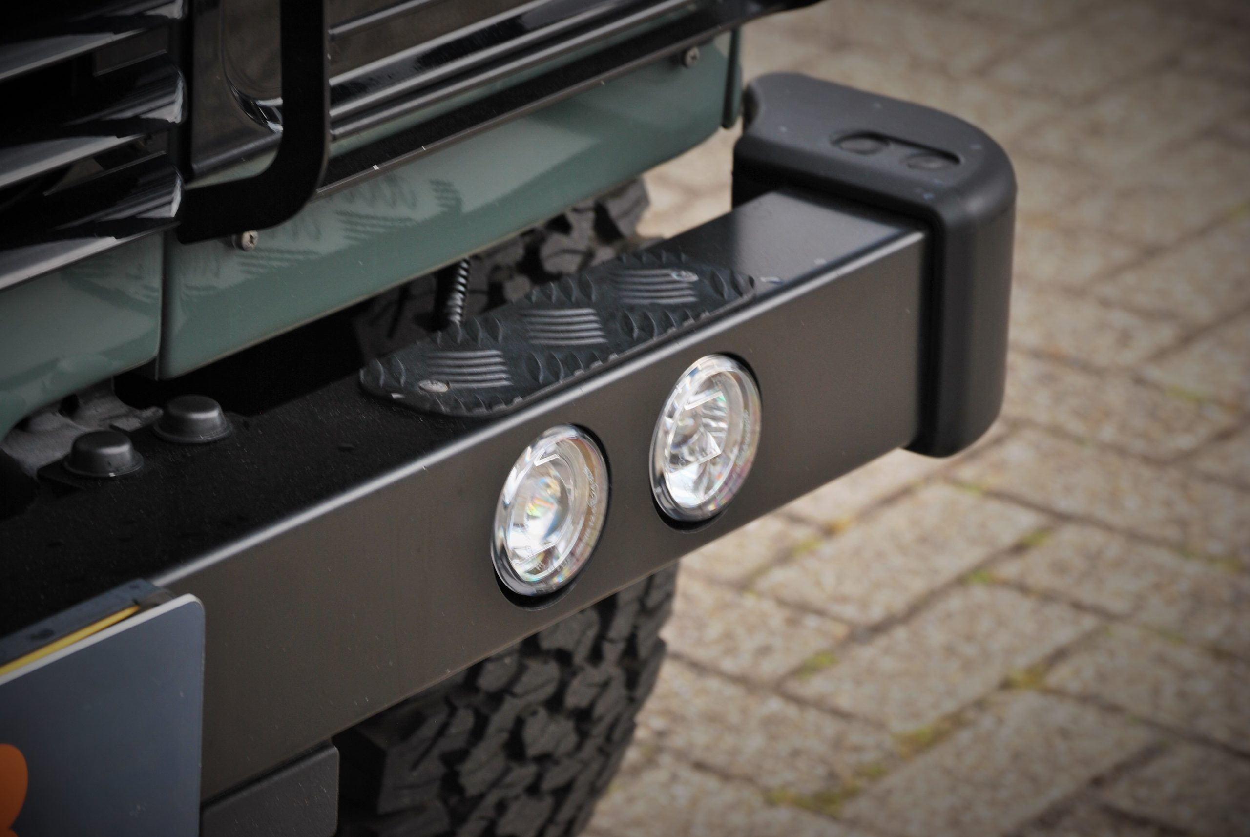 Land Rover Defender 90 Keswick Green